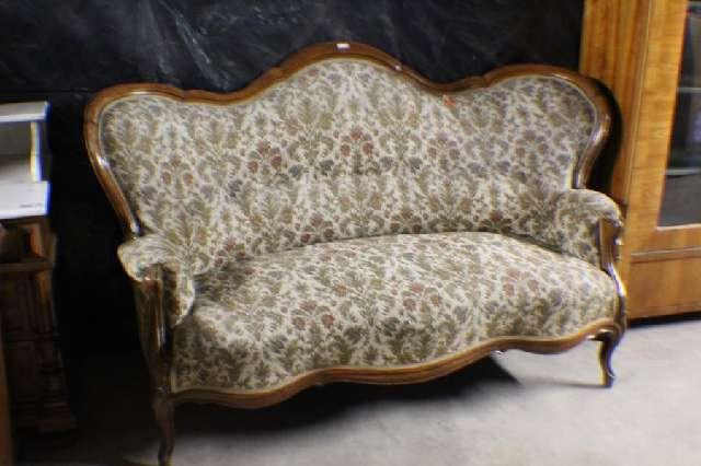 Sofa, Biedermeier, Louis Phillippe um 1860, Nussbaum/furniert #5001
